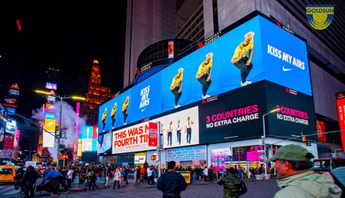 quảng cáo billboard led lớn ngoài trời