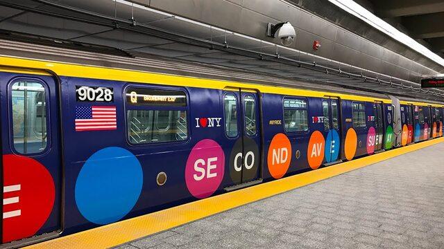 quảng cáo trên tàu điện ngầm