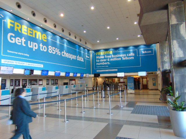 quảng cáo màn hình lcd sân bay