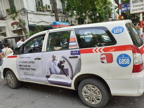 Quảng cáo taxi Group