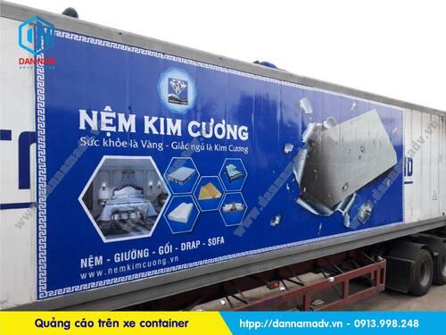 Quảng cáo trên Container – Hình thức quảng cáo mới lạ, độc đáo và riêng biệt của nệm Kim Cương 2