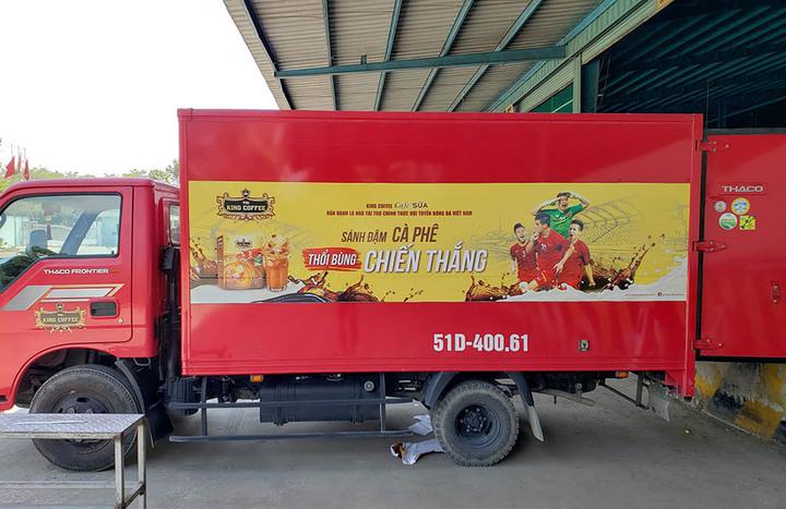 Dán quảng cáo xe tải